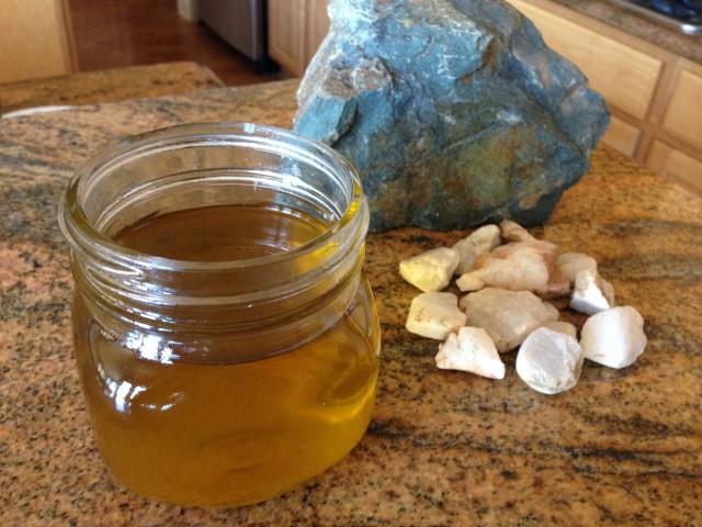 DIY anti-fungal cream, melted, add essential oils