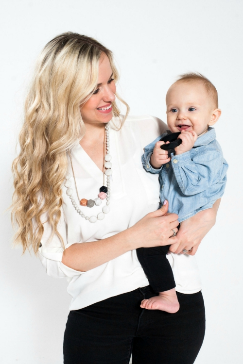 silicone teething necklaces and bracelets